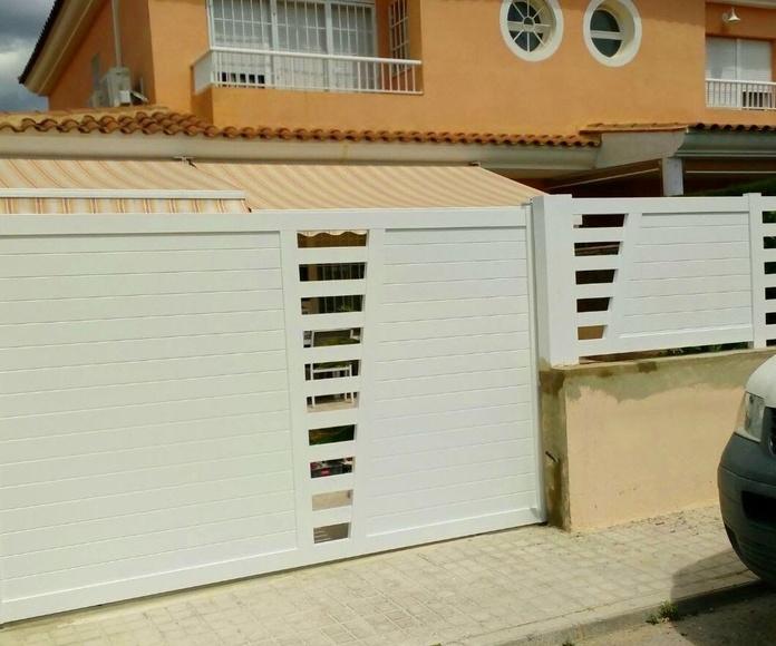 Puertas y Valla de Parcela de Alumino Blanco7 FAREM AGMA