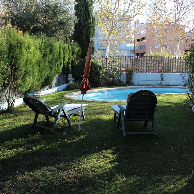 Cuarte de Huerva, adosado pareado, Villas de Cuarte, piscina individual,:  de Fincas Goya