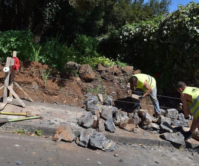 Obras reforma el muro de contención en dos tramos del bosque del Adelantado, en La Esperanza
