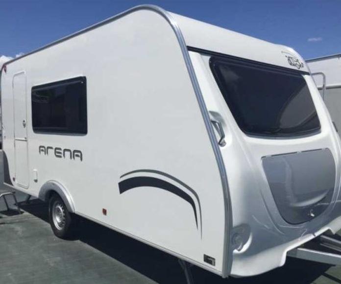 Across Arena 430CDL -750Kg: Productos y servicios de Caravanas Murcia