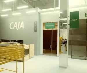 Realización tiendas Sprinter en Lorca (Murcia) y Roquetas de Mar (Almeria).