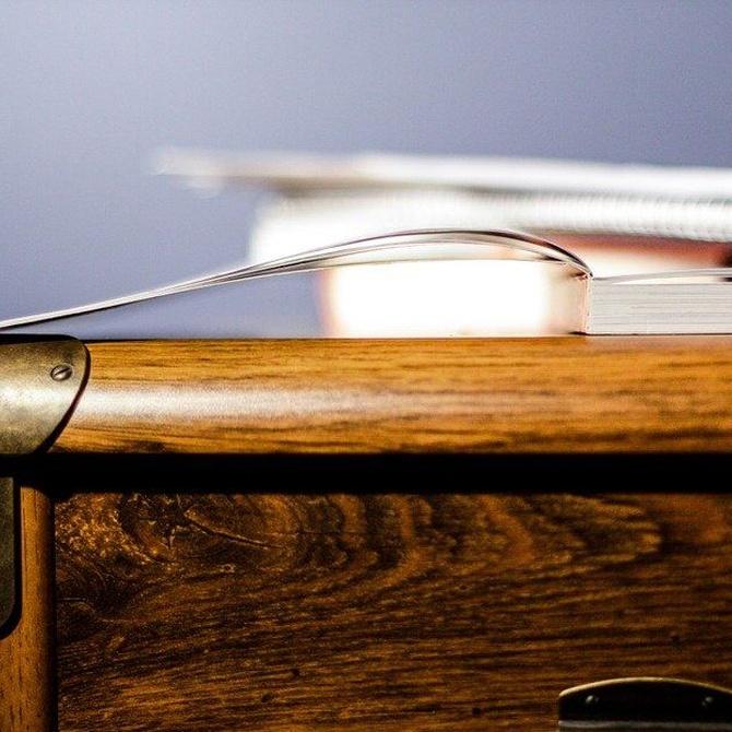 Arregla tú mismo los arañazos de tus muebles de madera