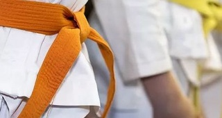 El Karate Shotokan y el arte de las armas tradicionales o kobudo