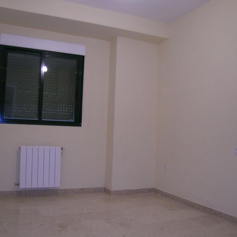 Piso en alquiler : Compra y alquiler de Servicasa Servicios Inmobiliarios