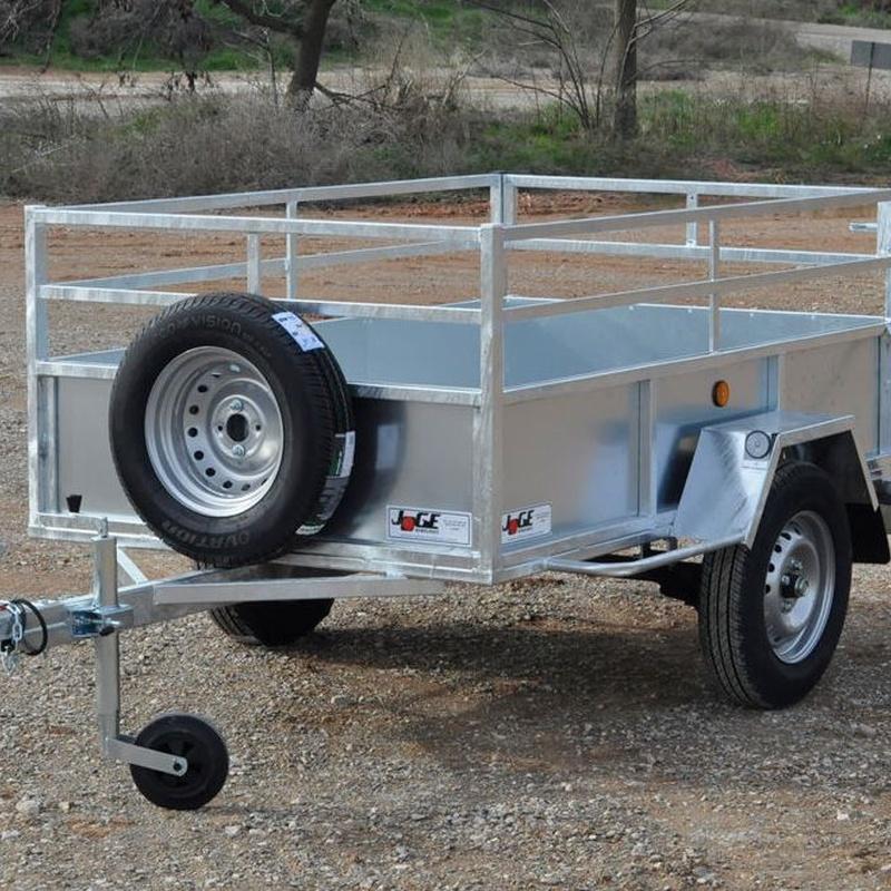 750kg - Galvanizado - Puerta trasera abatible y desmontable