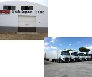 Lavado y engrase de camiones en Alzira