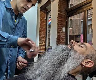 Corte y arreglo de barba