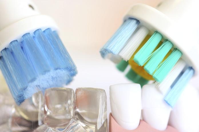 Tipos de cepillos dentales: Tratamientos de Hospital Dental de Madrid. Clínicas en San Blas y Alcorcón