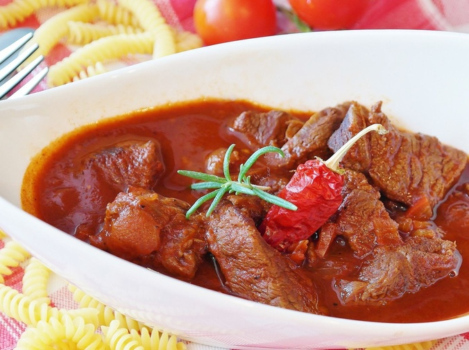 Magro con tomate: un plato sencillo, pero delicioso