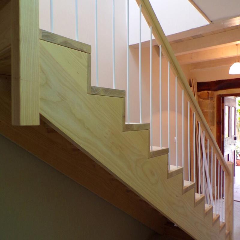 Escaleras: Trabajos de Carpintería Antonio Pereda