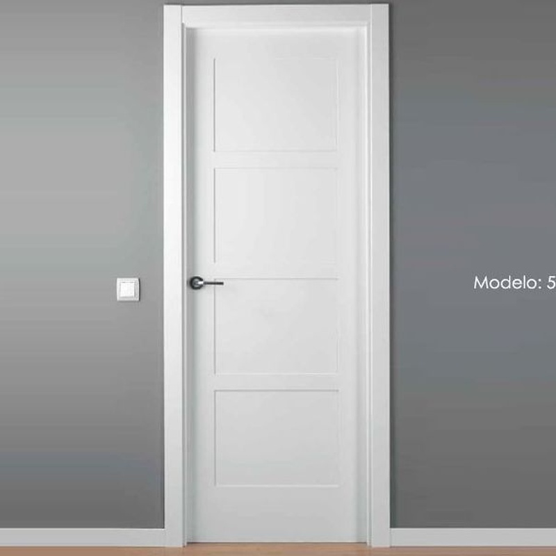 Modelo 5104 Puerta lacada de calidad PREMIUM