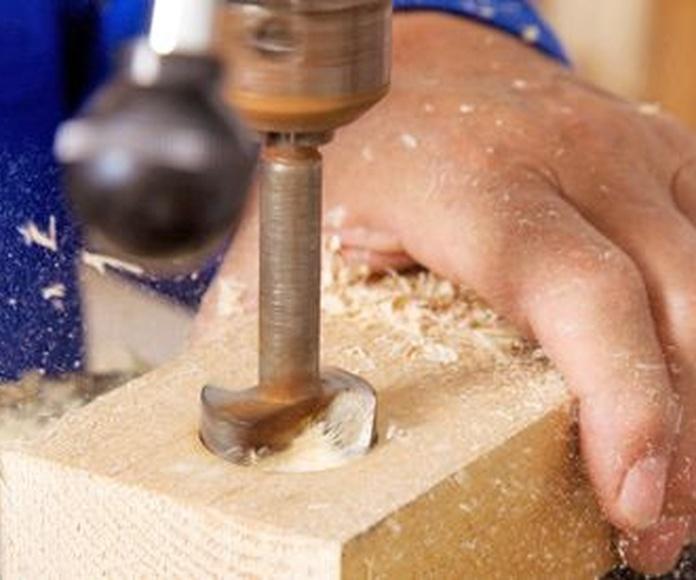 Carpintería de madera y aluminio: Servicios de Construcciones Patrivana