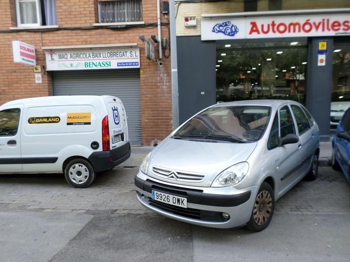 Citroen Xsara Picasso 1.6 I. 141000 kms. año 2006 3300 €uros: Servicios de reparación  de Automóviles y Talleres Dorado