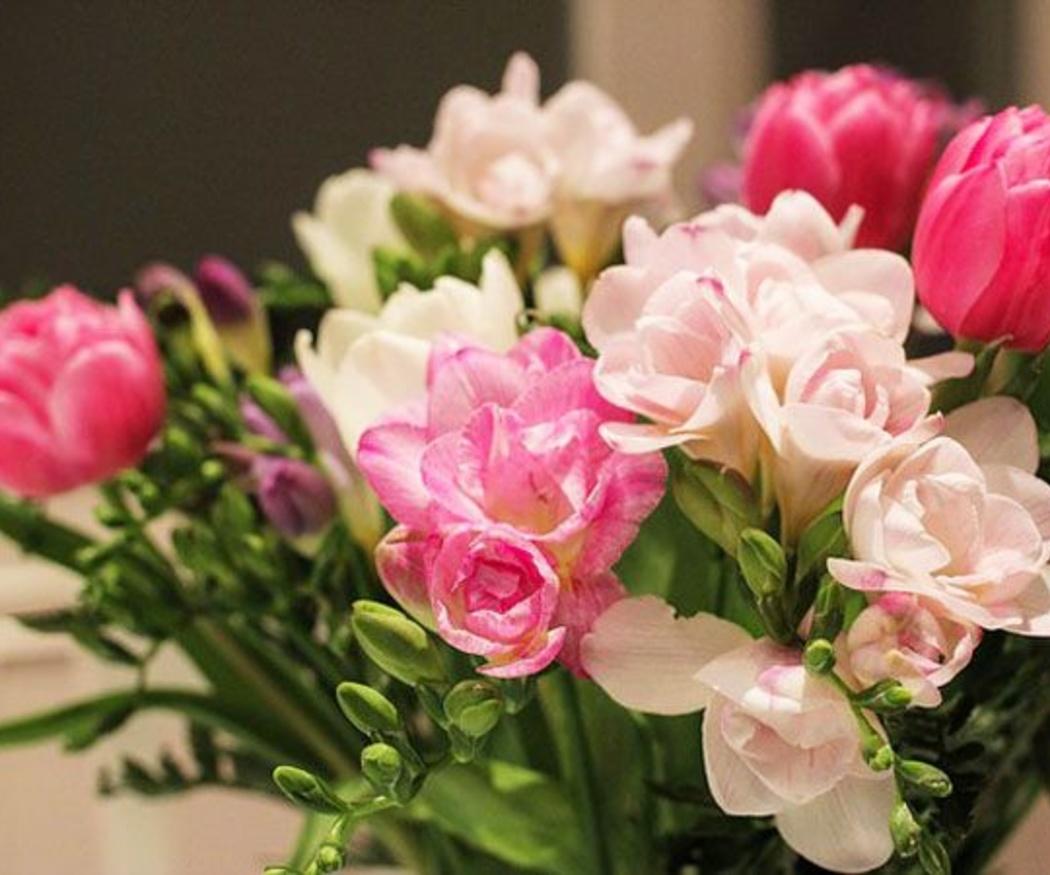 Feliz cumpleaños con flores