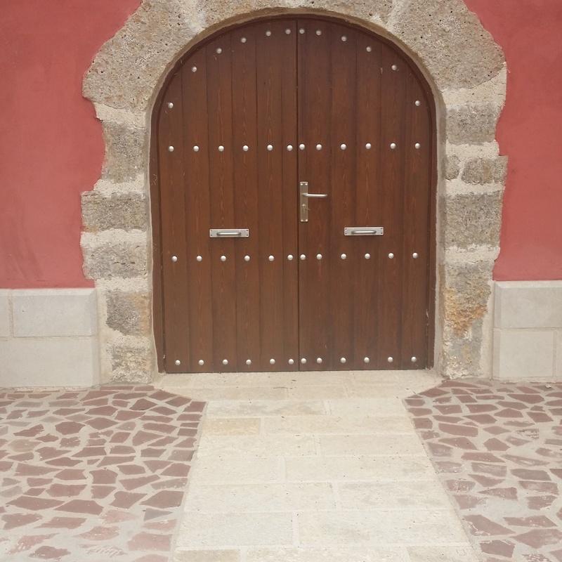 Puertas de pino y roble: Catálogo de Carpintería de Anento