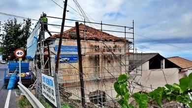Instalación de andamio multidireccional para reforma de vivienda. La Orotava.