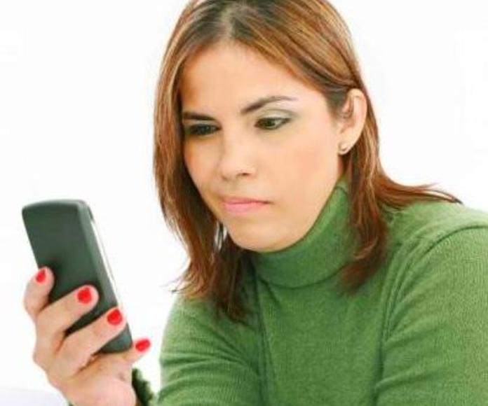 El móvil y el whatsapp, ¿hasta qué punto son beneficiosos?