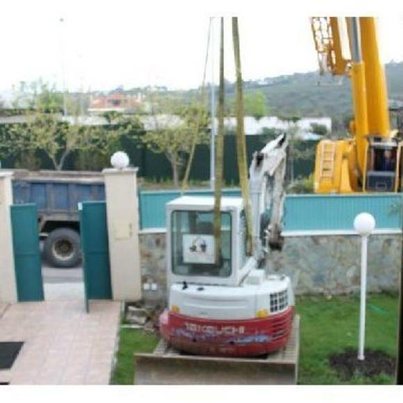 Instalación piscinas de poliéster: Servicios y Productos de Poliéster Luis Pino