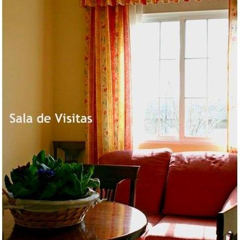 Salón: Servicios e Instalaciones de Residencia Cristo de la Salud