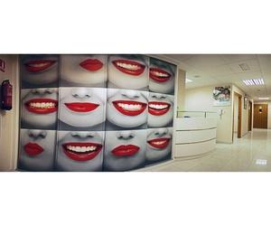 Recepción de la clínica dental en A Coruña
