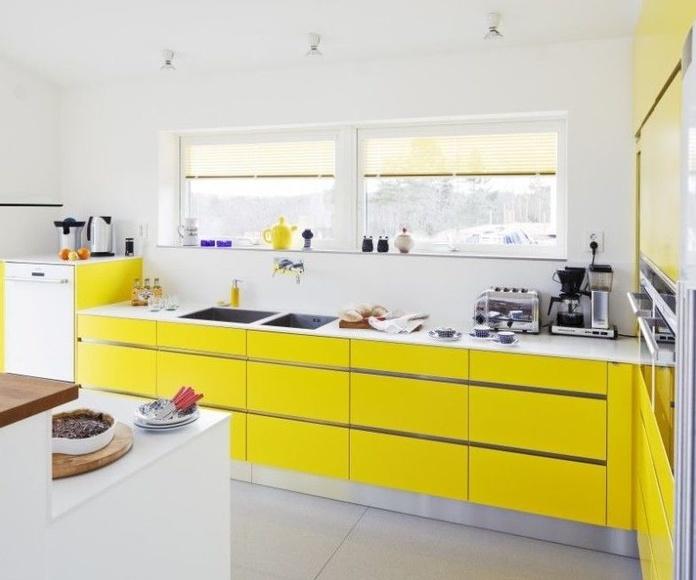 Cocinas en color amarillo
