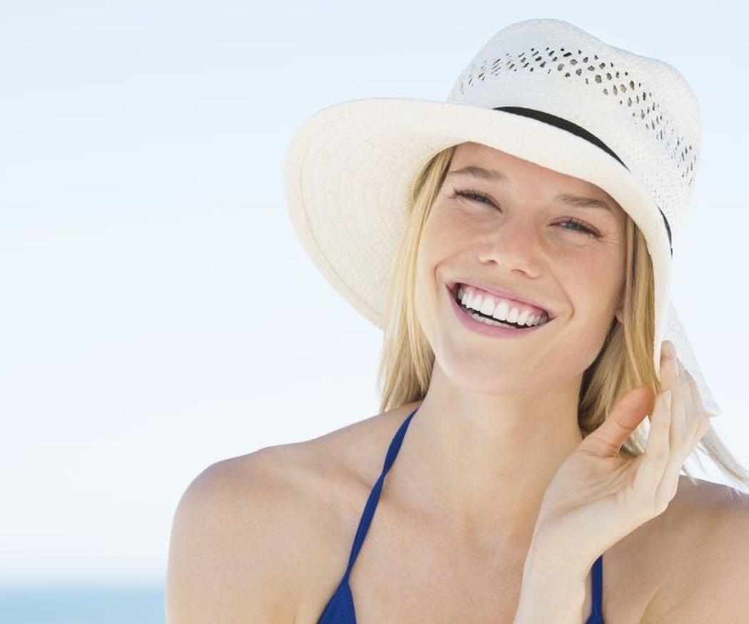 Dientes blancos más tiempo con blanqueamiento dental combinado