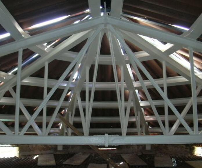 Refuerzos estructurales: Servicios y Proyectos de Estructures Metal.Liques Quintana, S. A. U