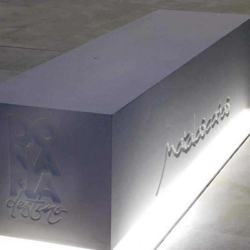 Bancos Prefabricados Especiales: Productos y servicios de Modekons Prefabricados