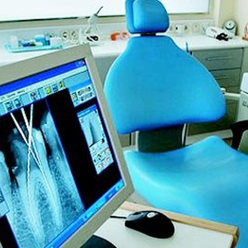 Cirugía bucal: Catálogo de Edent Clínica Dental - Dra. Celia Caba