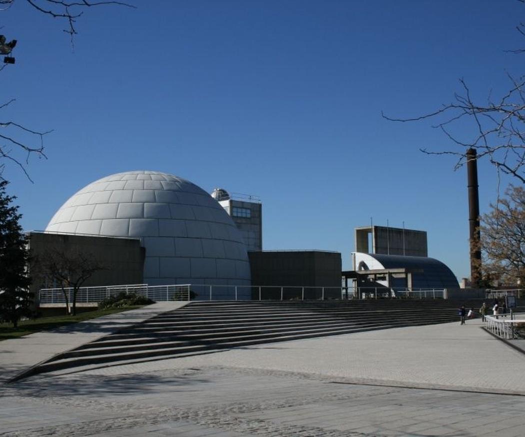 ¿Conoces el parque del Planetario de Madrid?