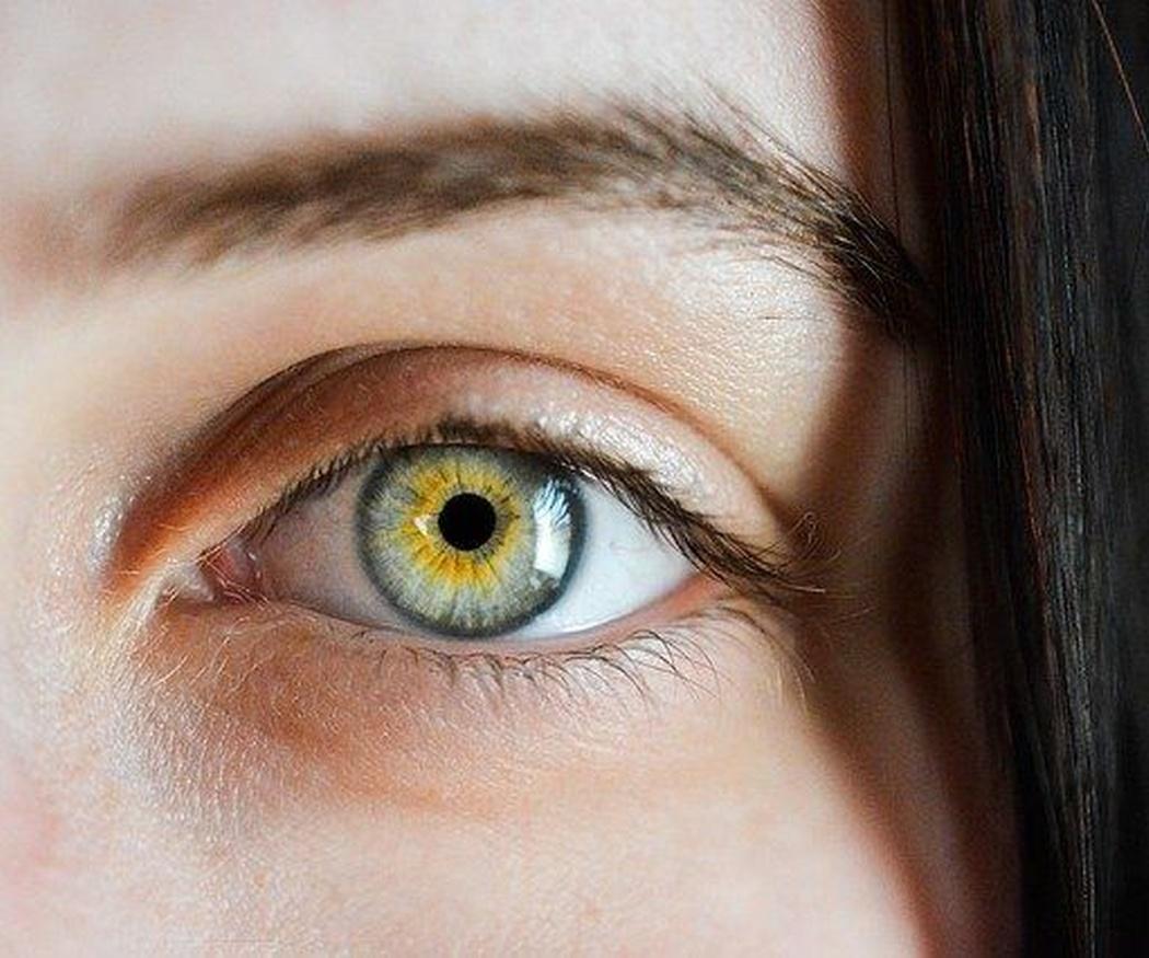 Algunos tratamientos para cejas y pestañas