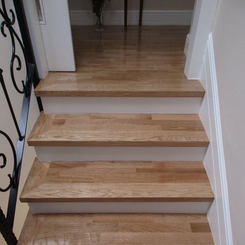 Forrado de escaleras con Parquet