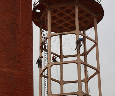 Sistemas de protección contra caídas: guía técnica
