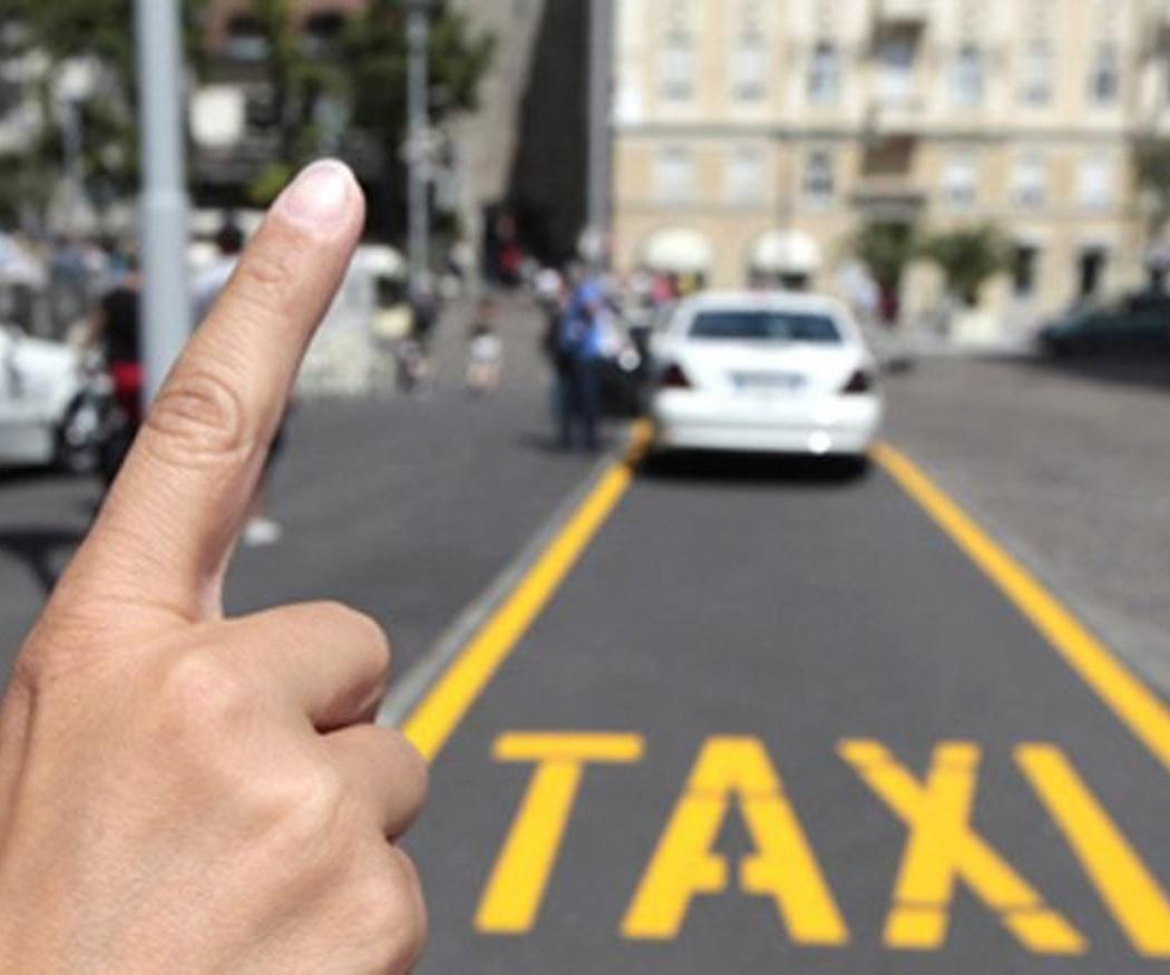 La importancia de los taxis adaptados para viajar con niños