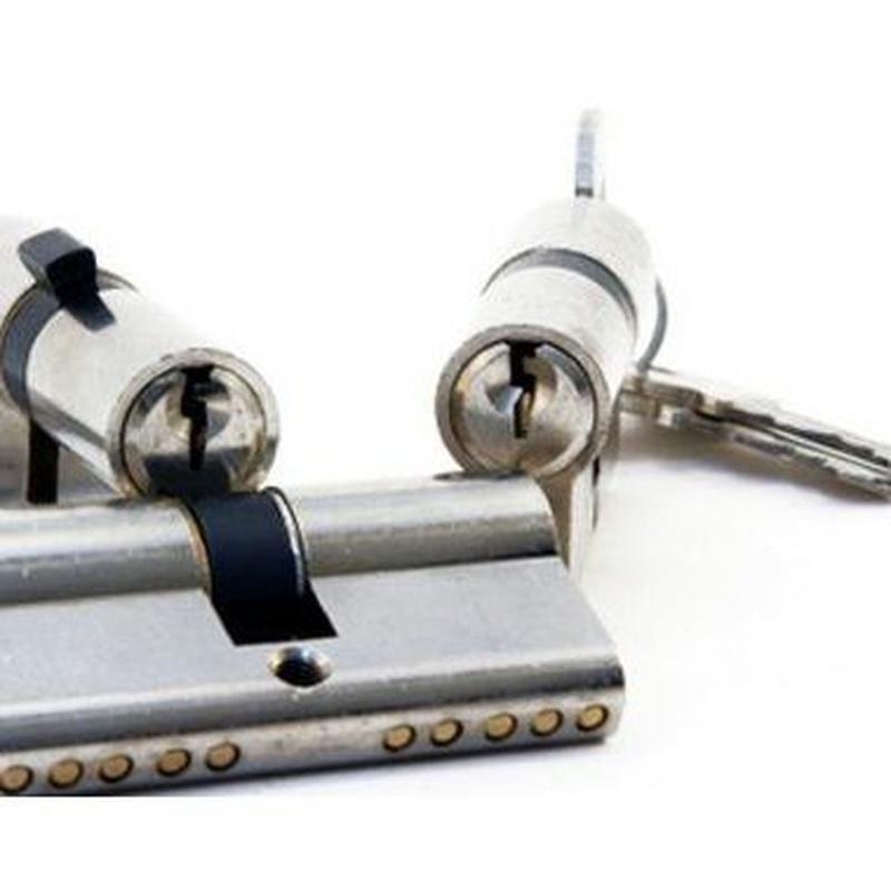 Cerraduras y bombillos: Productos y servicios de Technic-Clau