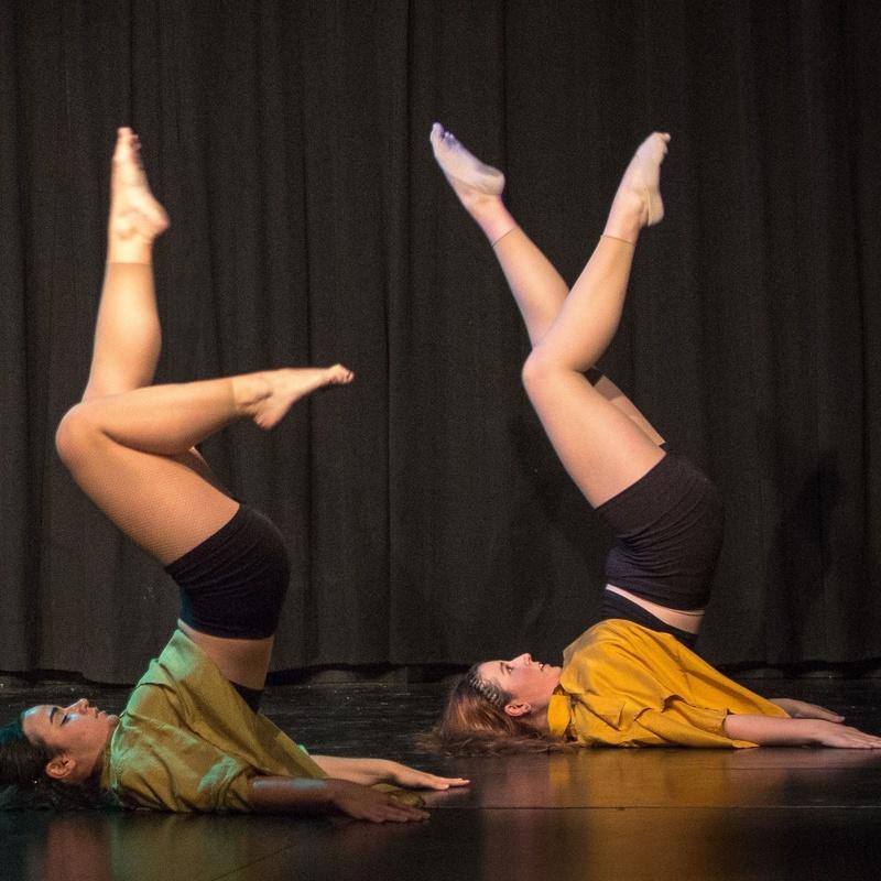 Danza Contemporánea iniciación y perfeccionamiento