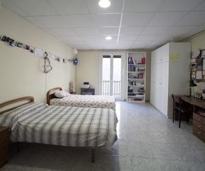 Habitación doble muy grande de la residencia de estudiantes en Barcelona