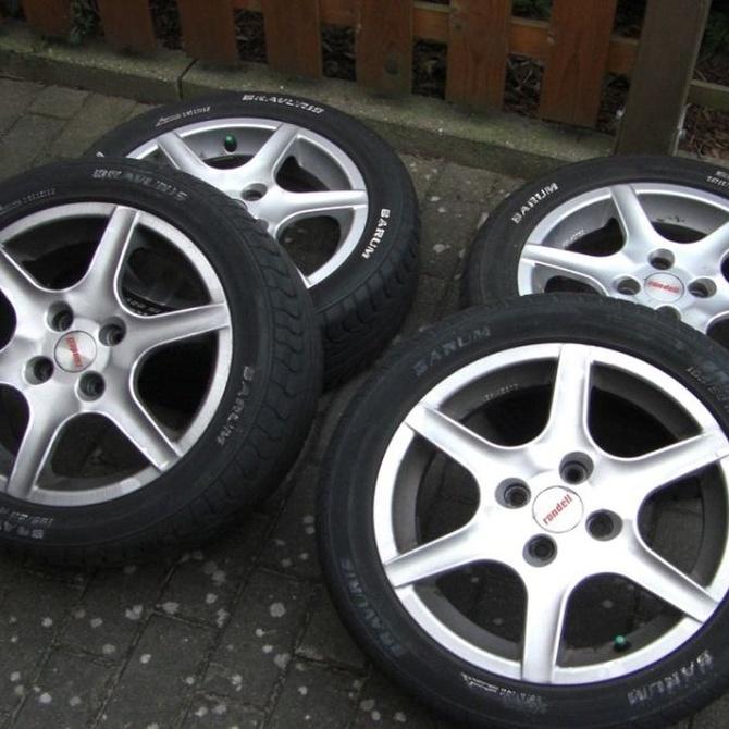 El efecto de las ruedas más grandes que las originales