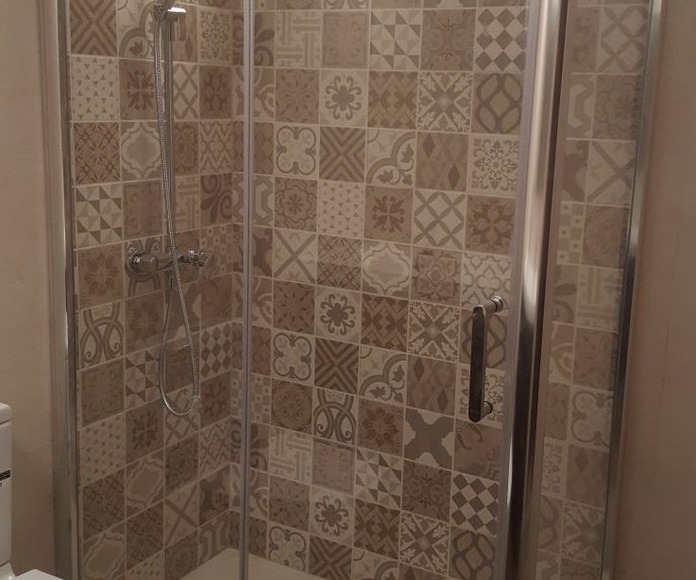 Mainsur - Cambio de bañera por plato de ducha: Servicios de Mainsur