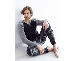 Pijamas de la marca Primal