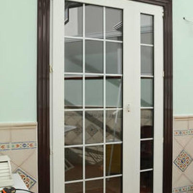 Puertas de entrada: ALUMINIO - PVC de ALUMINIOS CARPAL