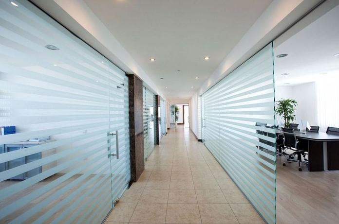 Mamparas de oficinas en Alicante