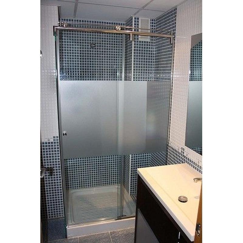 Mamparas de baño: Servicios de Talleres Realse