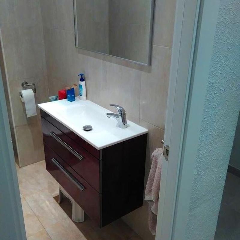 Muebles de baño: Servicios de Fustería Solé