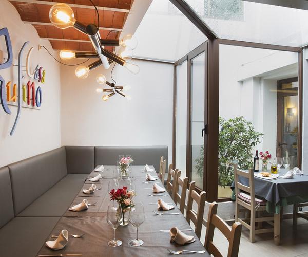 Amplio comedor para celebraciones en Restaurante Casa Rufino, Bolea, Huesca