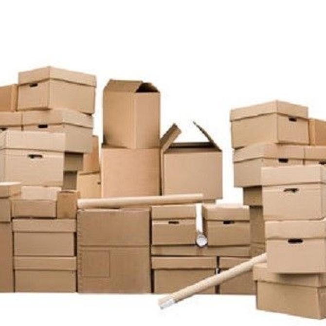 Organiza tu armario con cajas de cartón