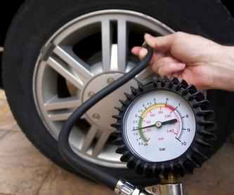 Lavado y limpieza integral: Servicios de Lavadero & Neumáticos Rocío