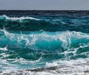 Así contaminamos silenciosamente los océanos: más plásticos que peces en el mar