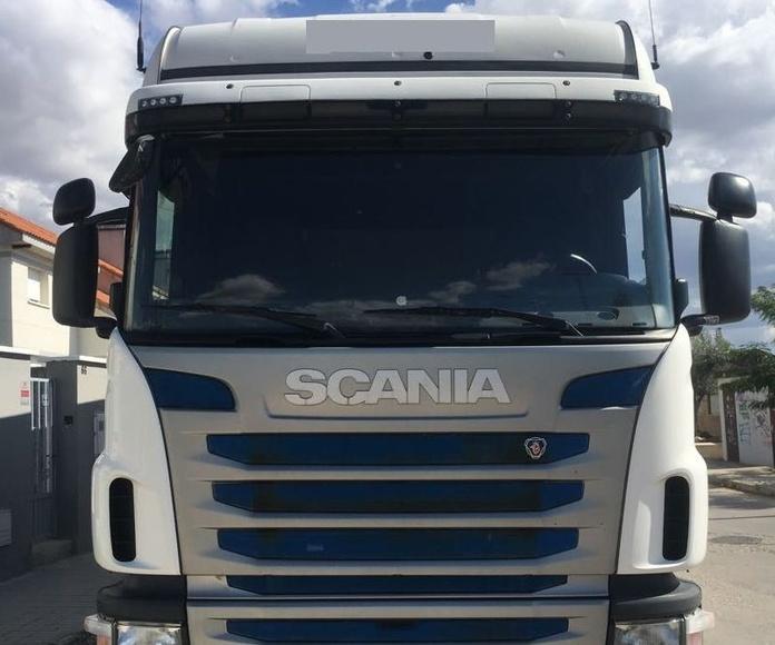 SCANIA G420: Vehículos industriales de Emirtrucks Trading