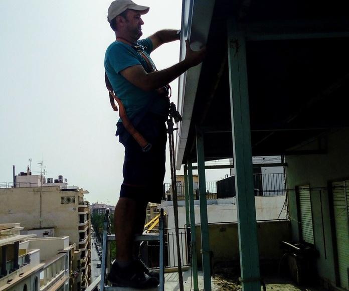 Trabajos instalación de canalones